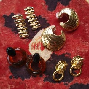 Vintage 80s 90s Maximalist earrings Gold Acrylic
